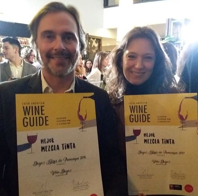 Mejor Mezclas Tintas  en Latin American Guide Alistair Cooper MW &Catad´Or